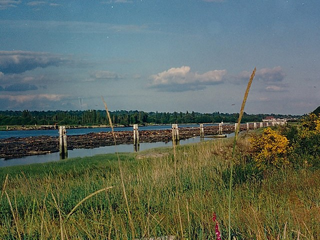 Iona Beach Regional Park's northern boundary is the North Arm of   the Fraser River